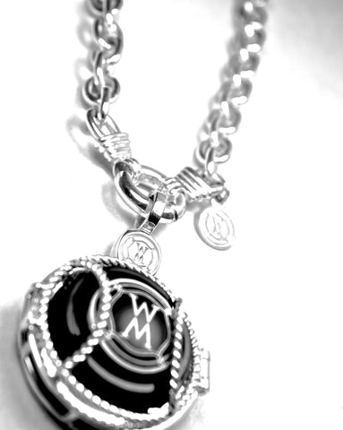 Magnum Link Chain Necklace with NV locket