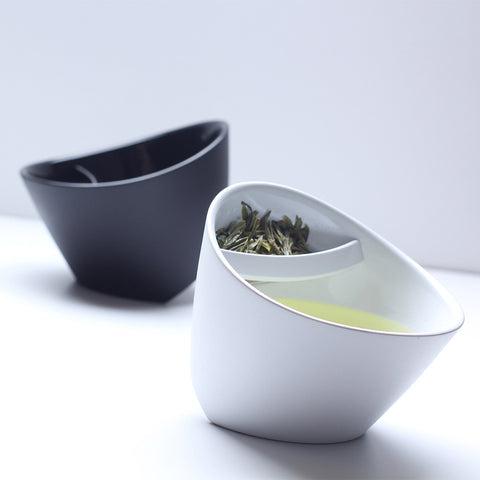 Magisso Tilting Teacup with mess free filter - Award Winning Loose Leaf Tea - Tea Shirt Tailored Refreshments
