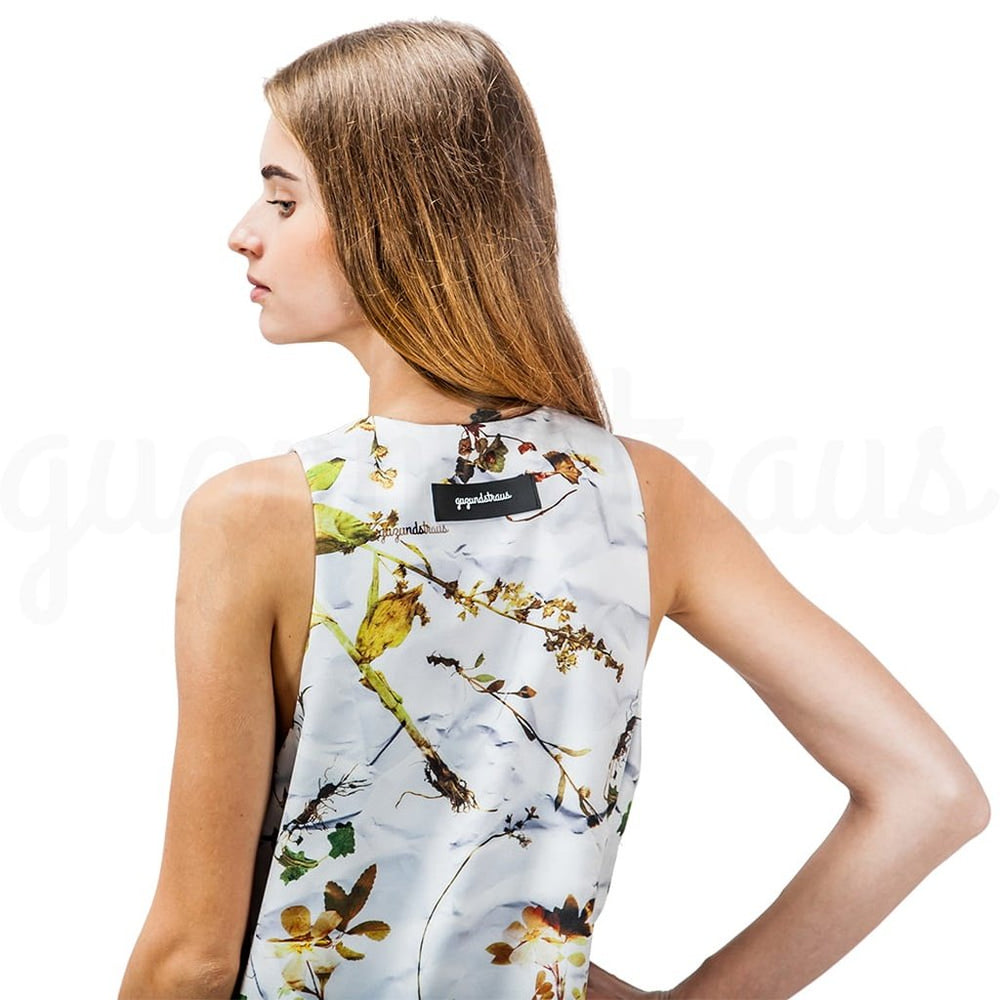 #FloralDress by GUZUNDSTRAUS