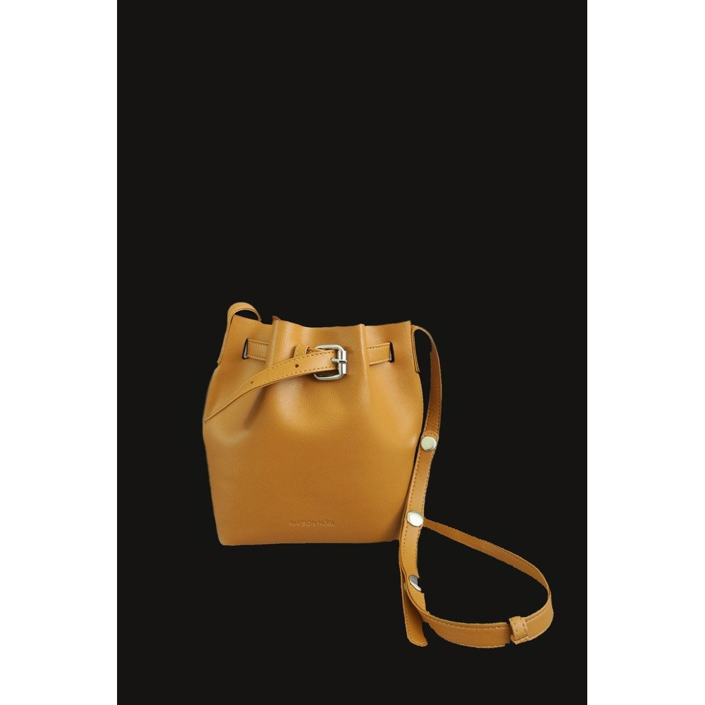 BUCKET BAG - CARAMEL