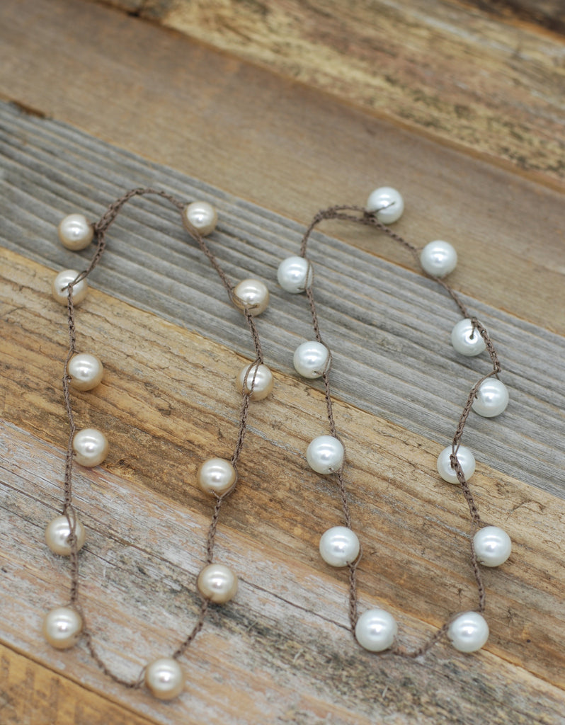 VG Basics Preppy Pearl Bauble