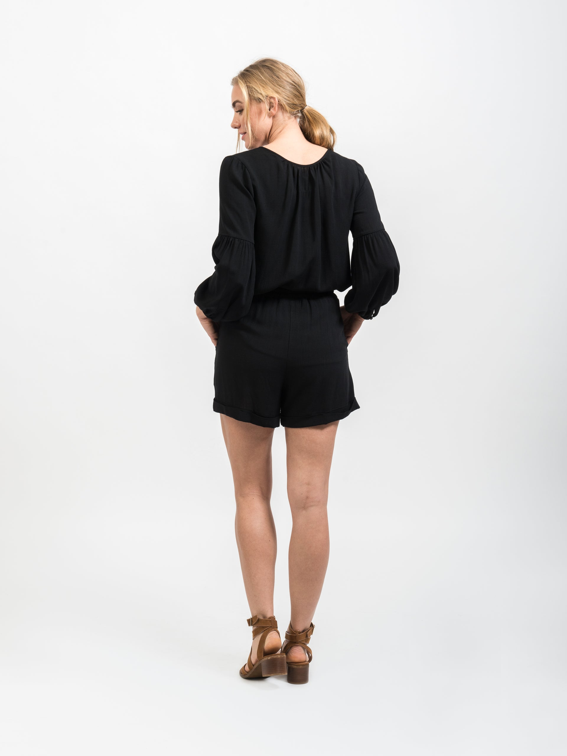 Sunday Best Short - Black