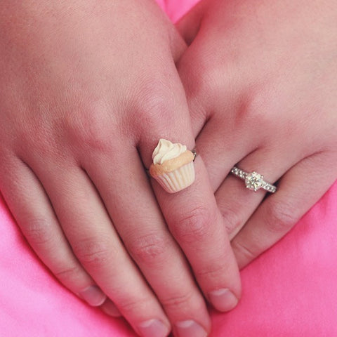 Scented Vanilla Cupcake Ring - Tiny Hands  - 2