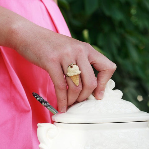 Scented Vanilla Ice-Cream Ring - Tiny Hands  - 2
