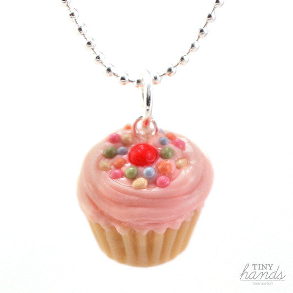 (Wholesale) Scented Strawberry Sprinkles Cupcake Necklace