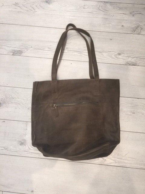 Brown Leather bag with a front side zip