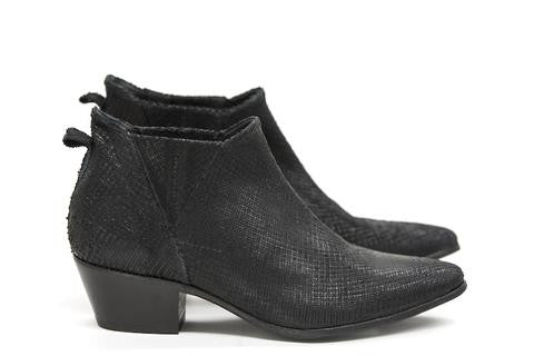 Valencia Black Textured Leather Boots - DOF