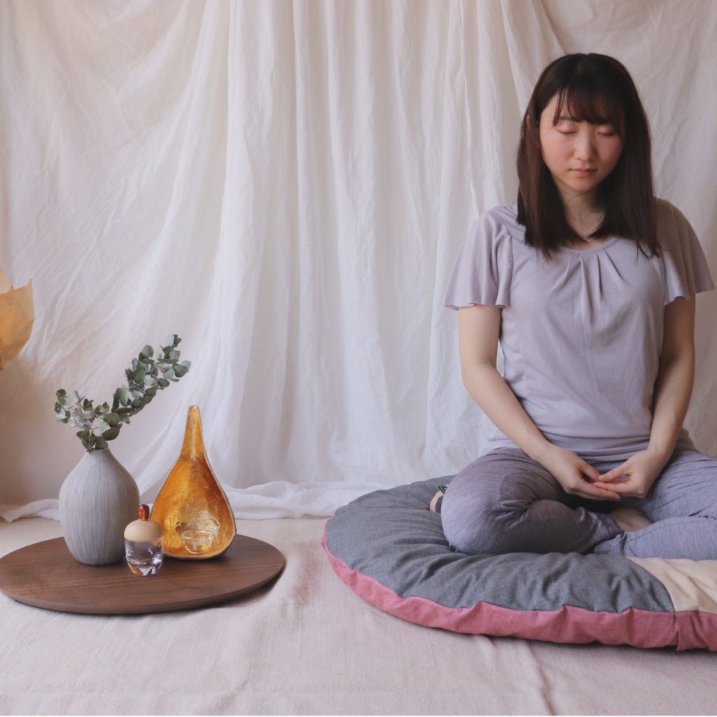 Takaokaya's Meditation Set (Coro-Long Pillow and Senbei Zabuton) | Global Online Store Limited - Takaokaya