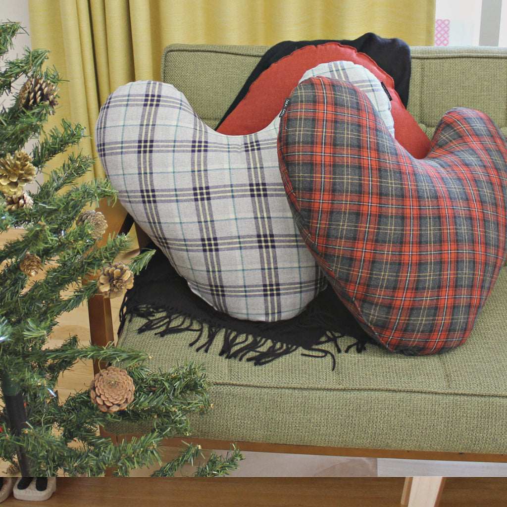 Utane Cushion | Noel Check | Christmas Limited Edition - Takaokaya
