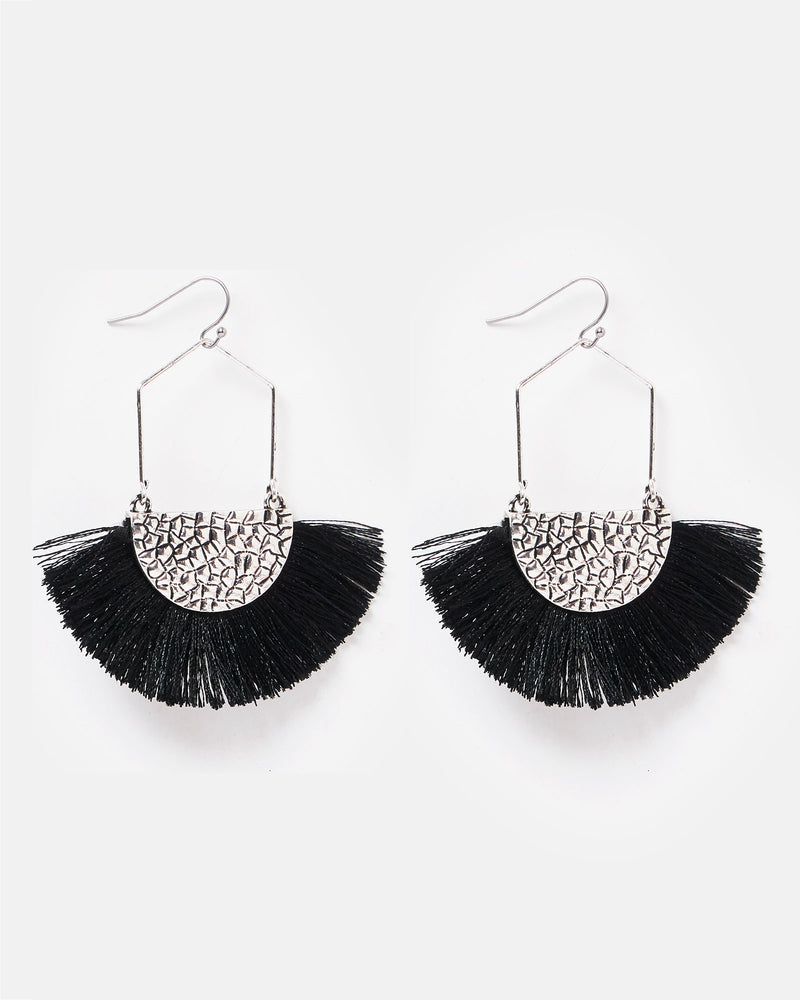 Izoa Athena Earrings Black