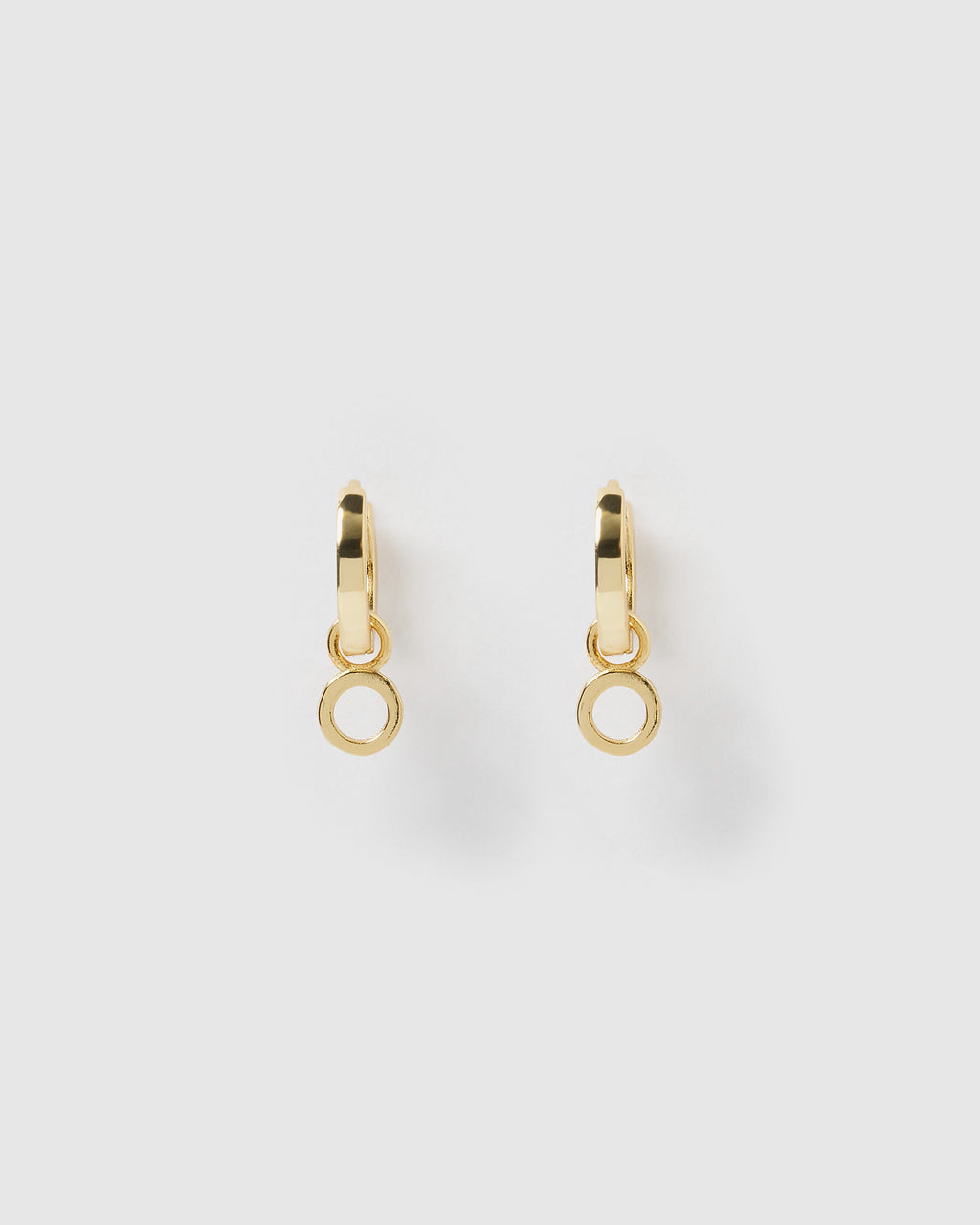 Izoa Alphabet Letter O Huggie Earrings Gold