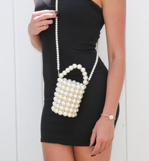 Izoa Besito Pearl Handbag White