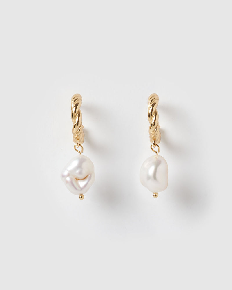 Izoa Darling Earrings Gold Freshwater Pearl
