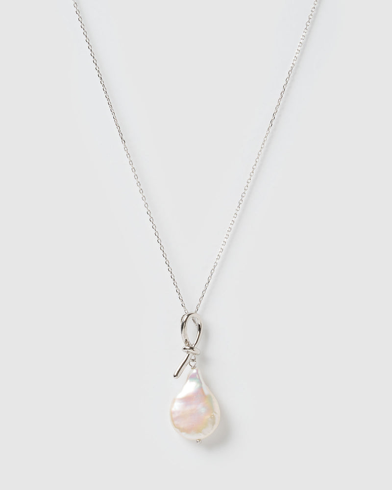 Izoa Droplet Necklace Silver Freshwater Pearl