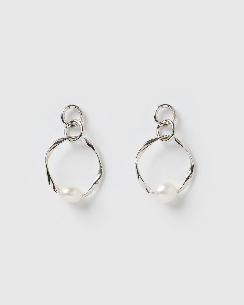 Izoa Fluidity Earrings Silver Freshwater Pearl