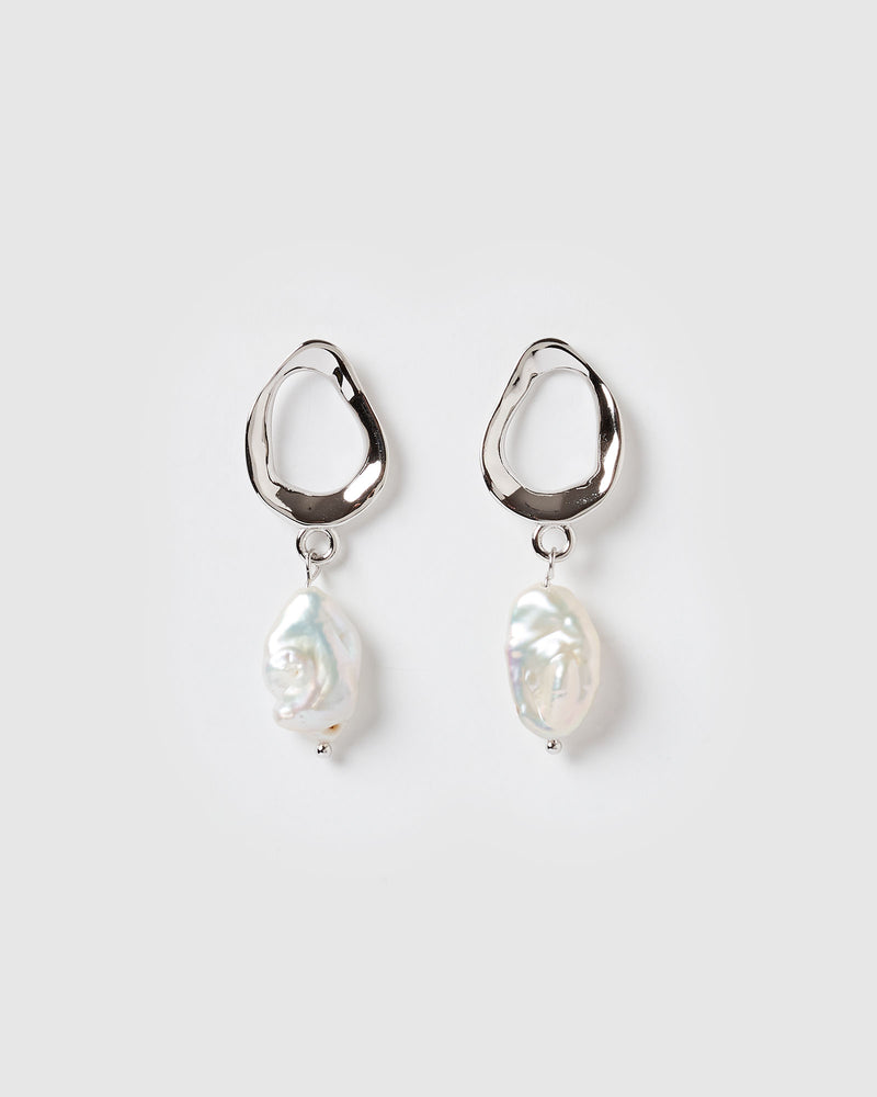 Izoa Forbidden Earrings Silver Freshwater Pearl