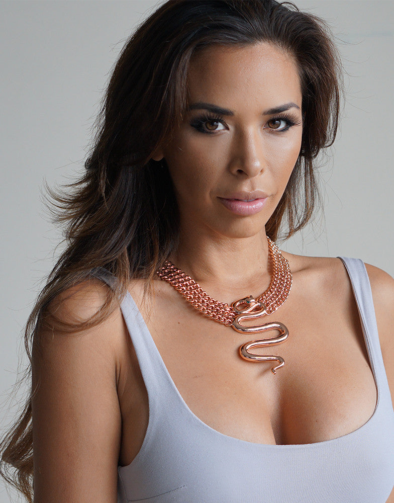 Izoa Rose Gold Gwen Chain Snake Necklace