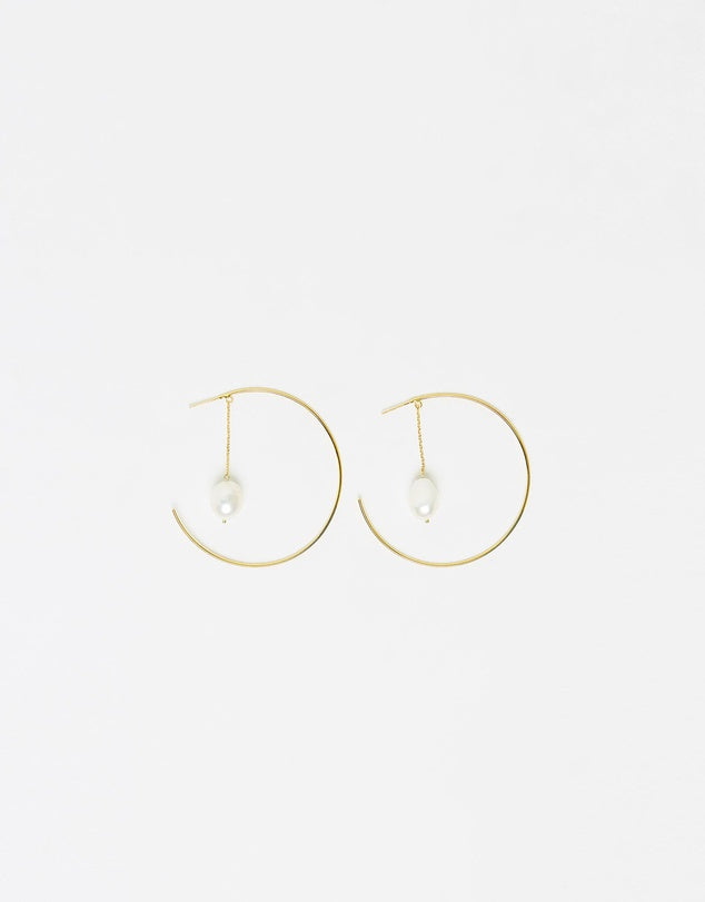 Izoa Heartbreaker Pearl Hoop Earrings Gold