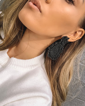 Izoa Hallie Earrings Black
