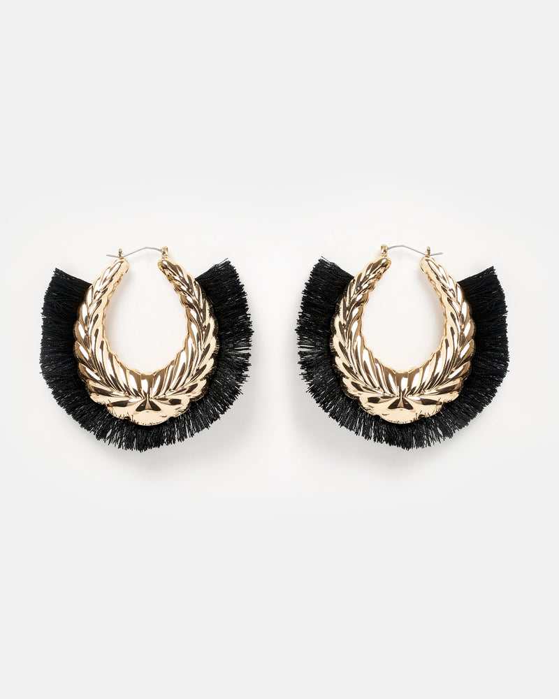 Izoa Conquesto Earrings Black