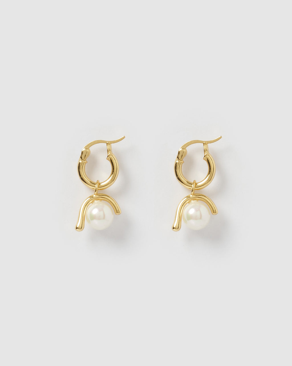 Izoa Coast Huggie Earrings Gold Pearl