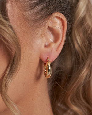 Izoa Lainy Hoop Earrings Gold