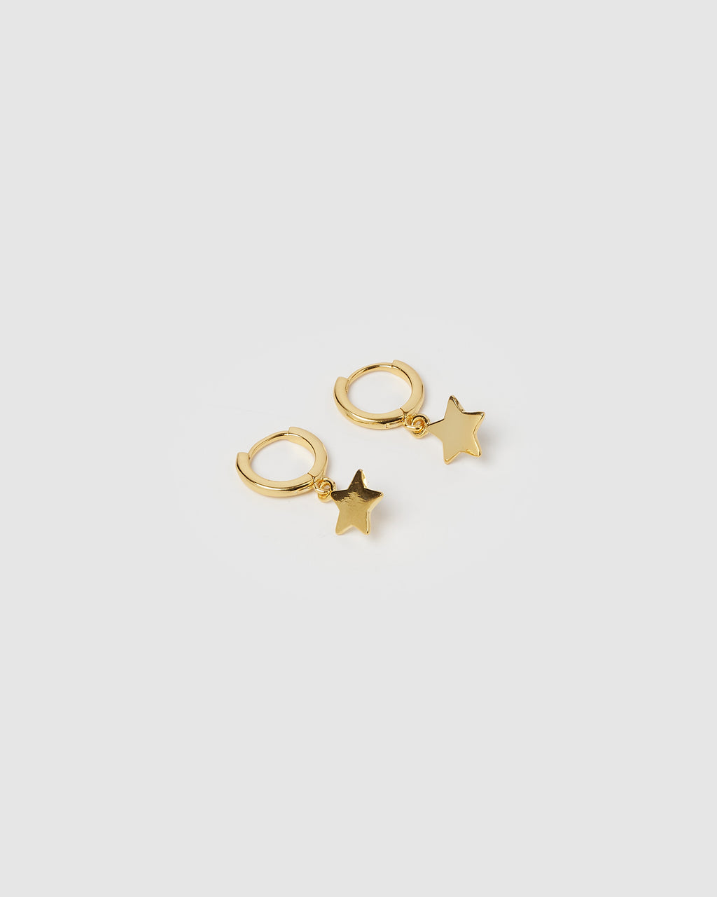Izoa Star Huggie Earrings Gold