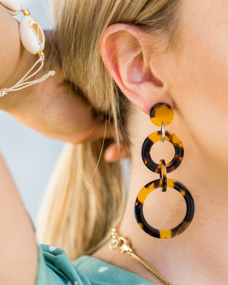Izoa Lost City Earrings Tortoise Shell