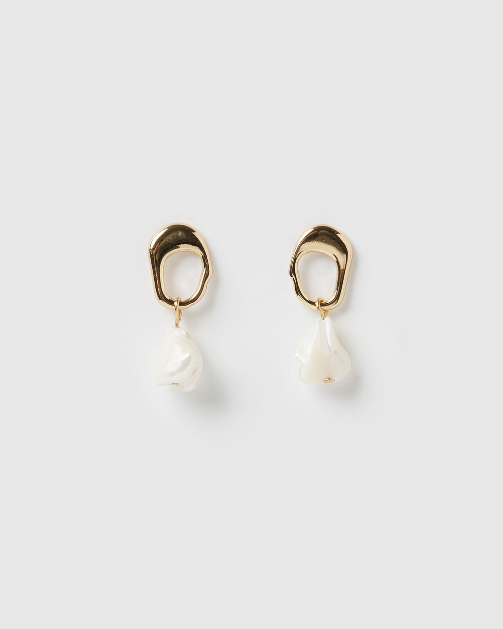 Izoa Lotus Earrings Gold Freshwater Pearl