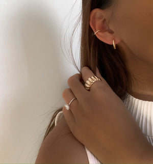 Izoa Gracie Huggie Earrings Gold