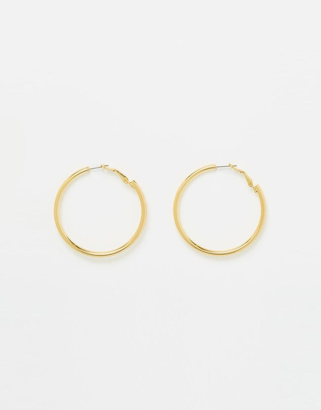 Izoa Simple Hoop Earrings Gold