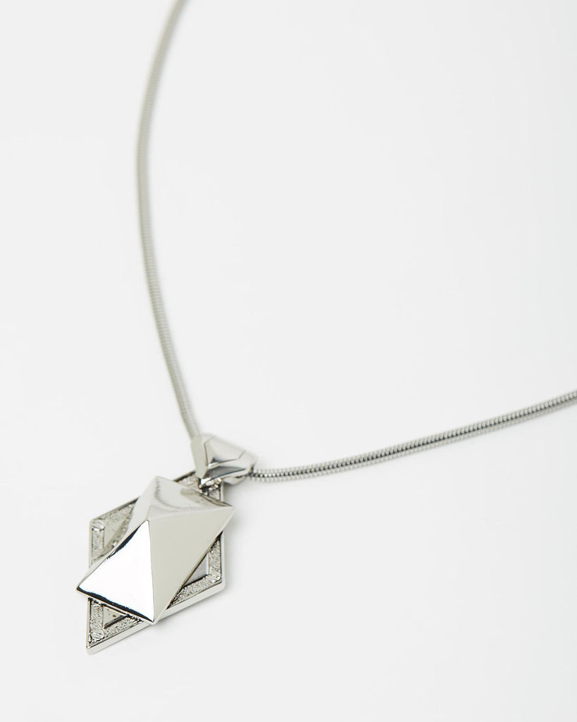 Izoa Stud and Chain Pendant Necklace Silver