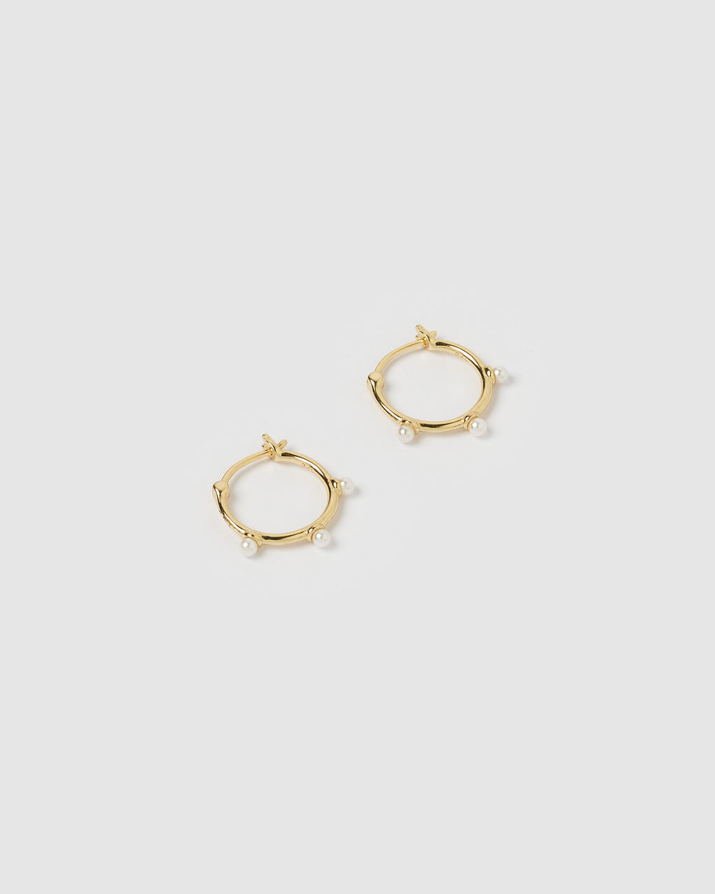 Izoa Skye Hoop Earrings Gold