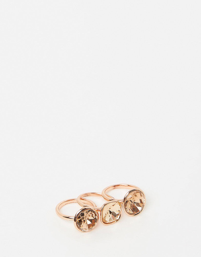 Izoa triple trouble set of three rings rose gold