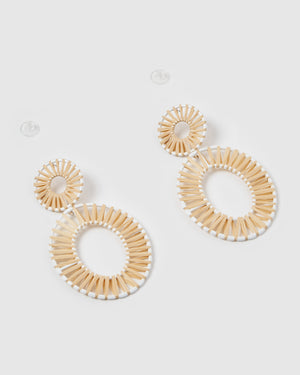 Izoa True Spirit Earrings Neutral White