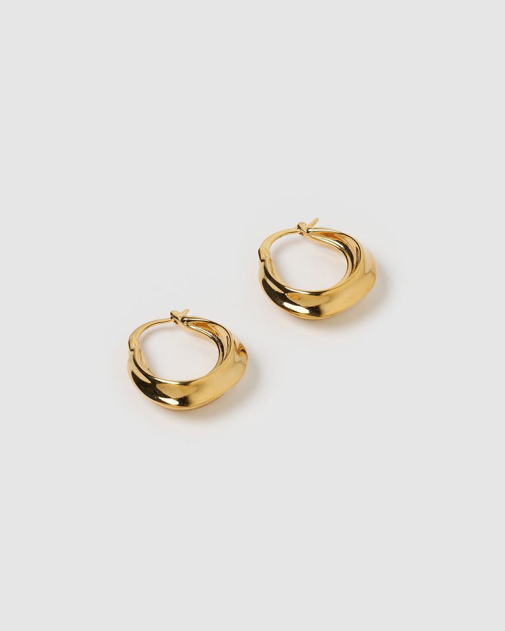 Izoa Varea Hoop Earrings Gold