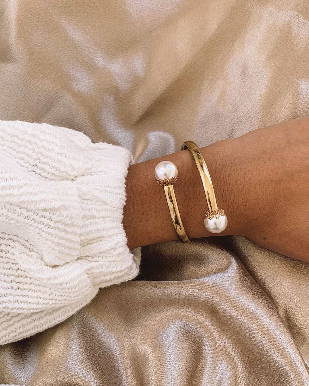 Izoa Bobble Bangle Gold Pearl