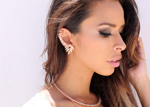 Izoa Cleopatra Single Ear Cuff Rose Gold Clear