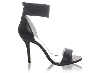 Izoa Girl To Ny Heels Black (SIZE 41 ONLY)
