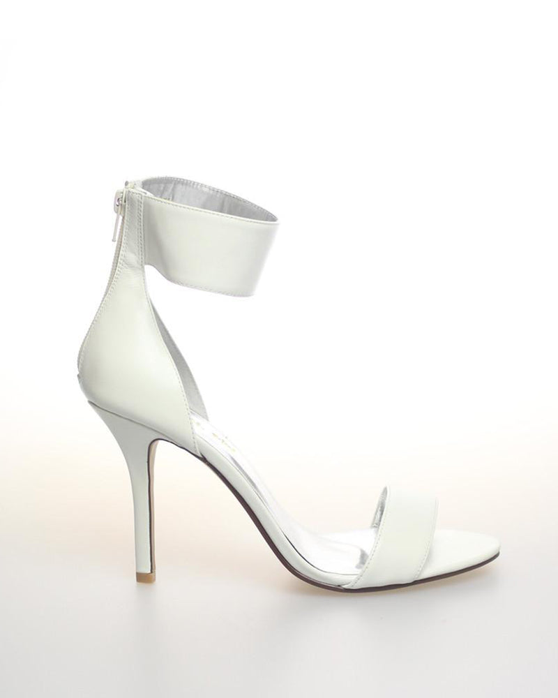 Izoa Girl To Ny Heels White (SIZES 40 & 41 ONLY)