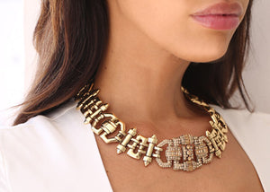 Izoa Lily statement gold necklace