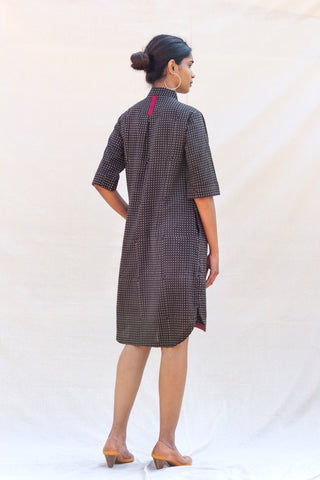 Vapourized Tunic (Black Grid)