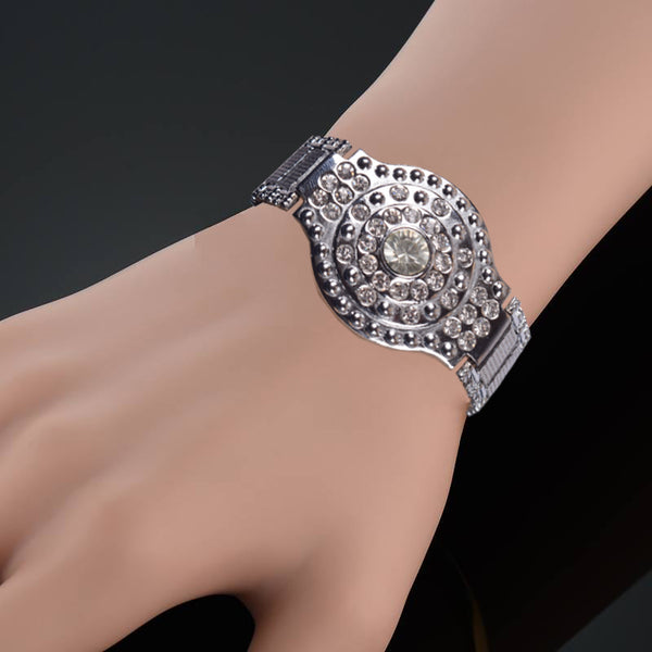 Ladies Stylish Italian Hand Bracelets-BE463