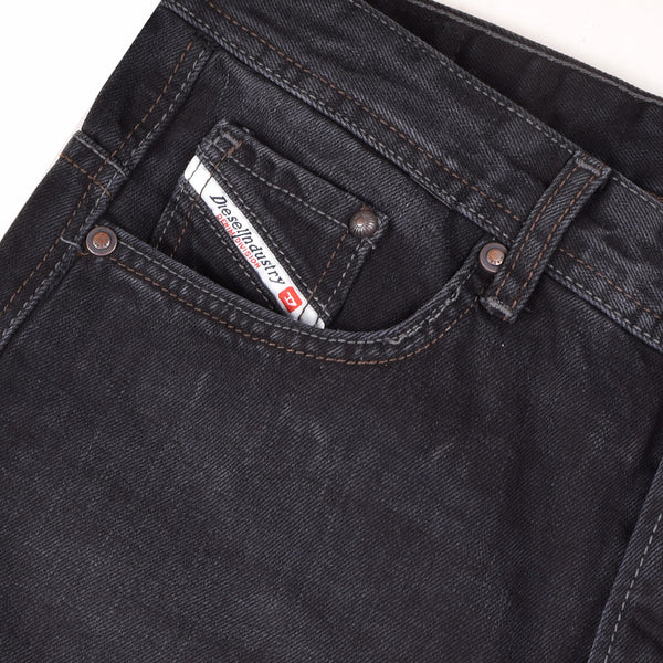 "Men's ""DIESEL"" Slim Fit Twil Cotton Denim With Black Faded Wash-D98"