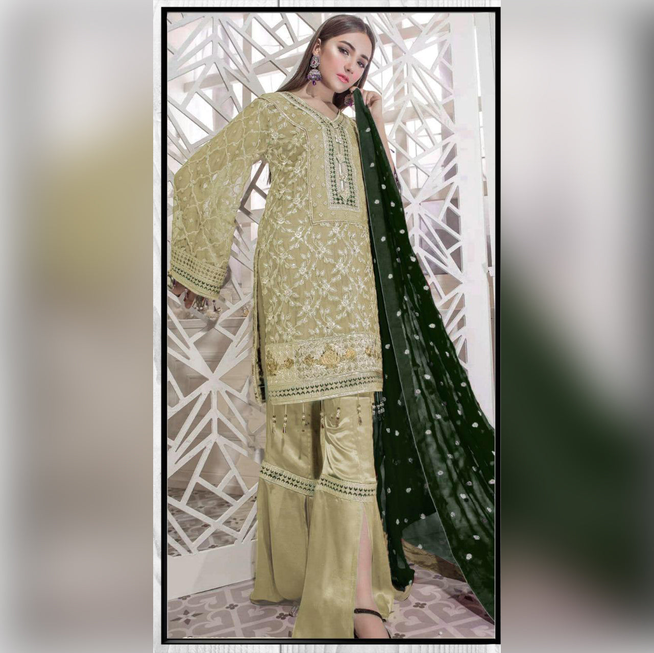 Lawn Collection Lawn 3 Piece Un-stitch Suit For Ladies-NA8772