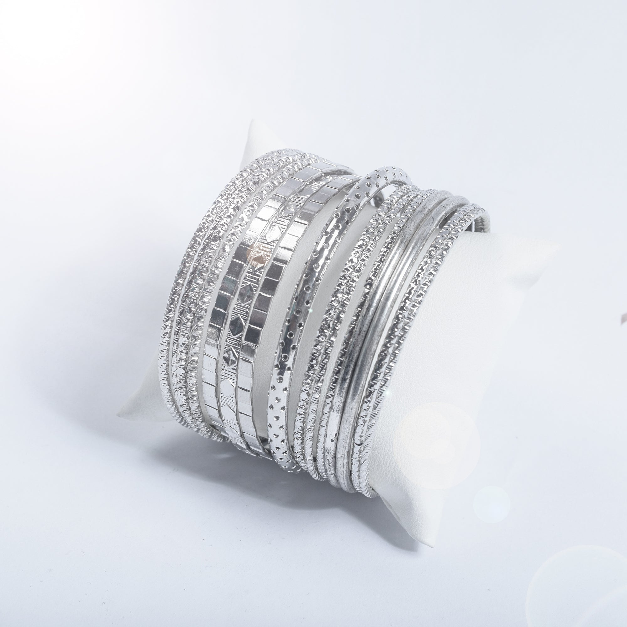 Premium Set Metal Silver Bangle-NA9232