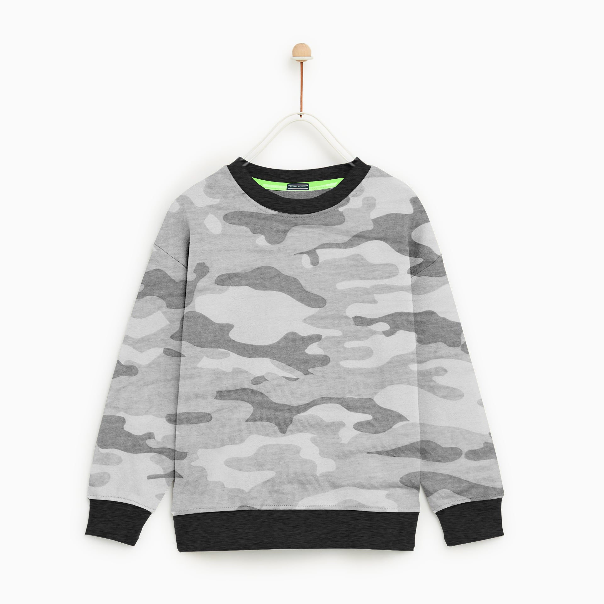 Tommy Hilfiger Crew Neck Single Jersey Sweatshirt For Kids-Light Camo Printed-NA7740
