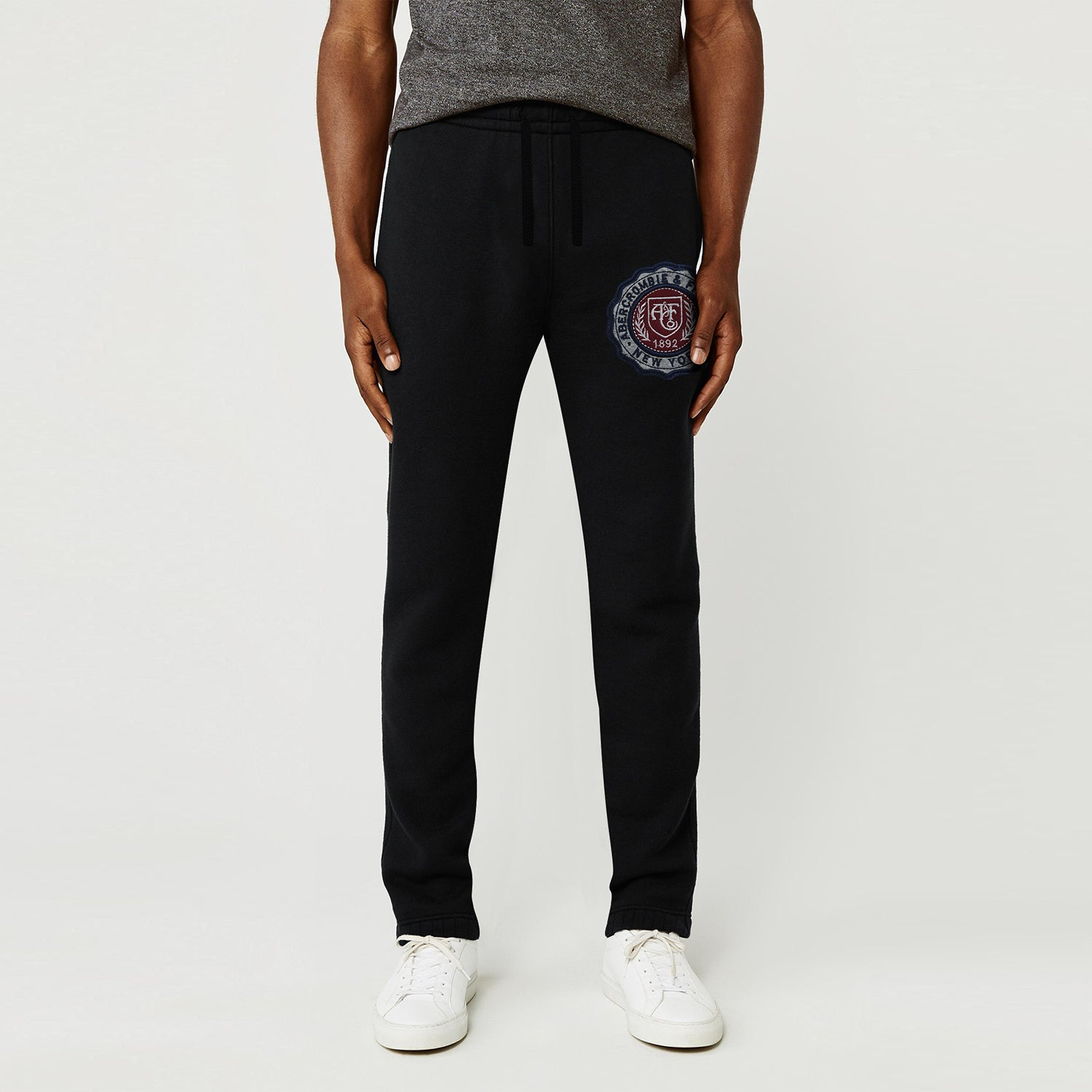 A&F Fleece Navy Grey & Maroon Embroidery Slim Fit Gathering Bottom Jogger Trouser For Men-Black-BE9719