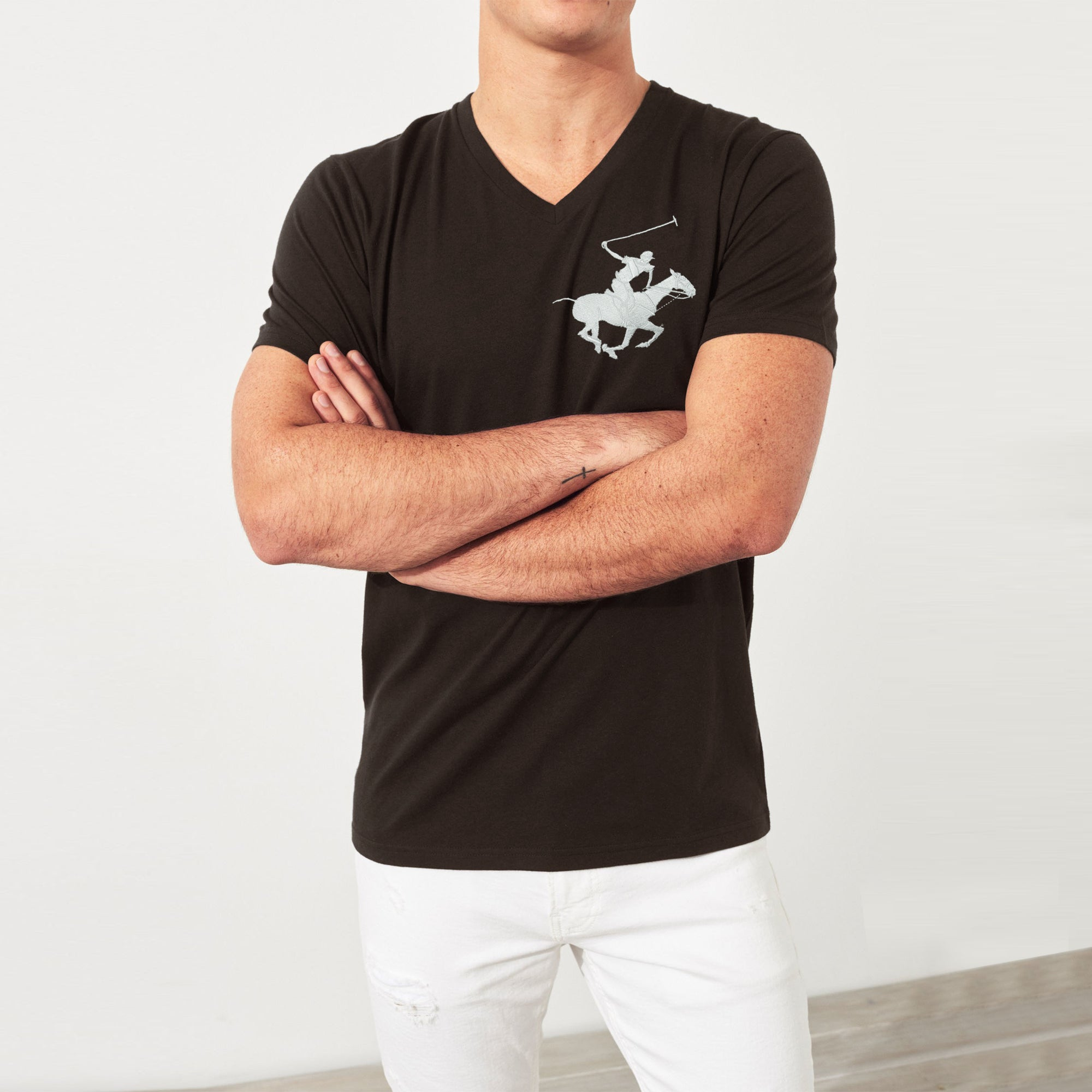 Beverly Hills V Neck Half Sleeve Tee Shirt For Men-Chocolate-BE8188