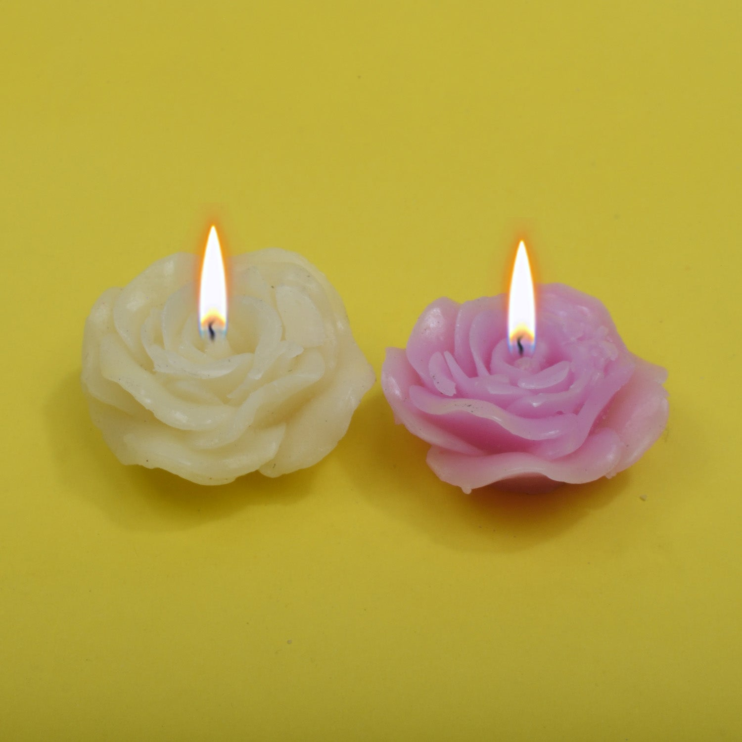 Pack Of 2 Flower Shape Table Candles-Light Purple & White-AN1005